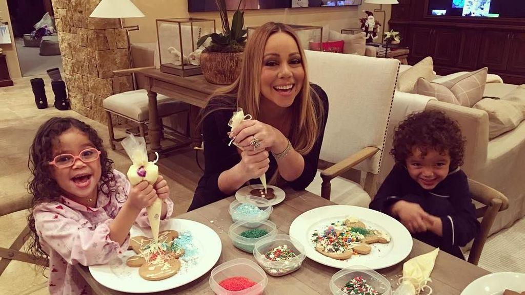 Pesona Diva Mariah Carey, Saat Masak Lasagna hingga Makan Bareng Kekasih