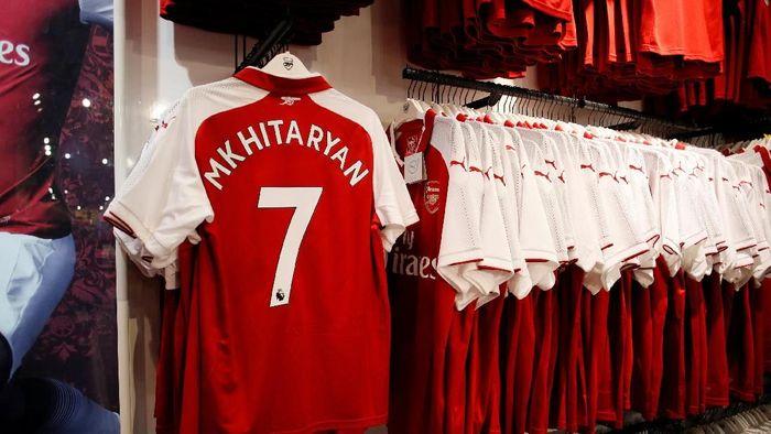 Mulai musim depan, Arsenal takkan disokong Puma melainkan Adidas (David Klein/REUTERS)