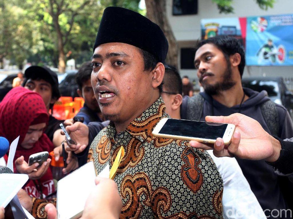 Ketua Cyber Indonesia Sambangi Polda Metro soal Ratna Sarumpaet