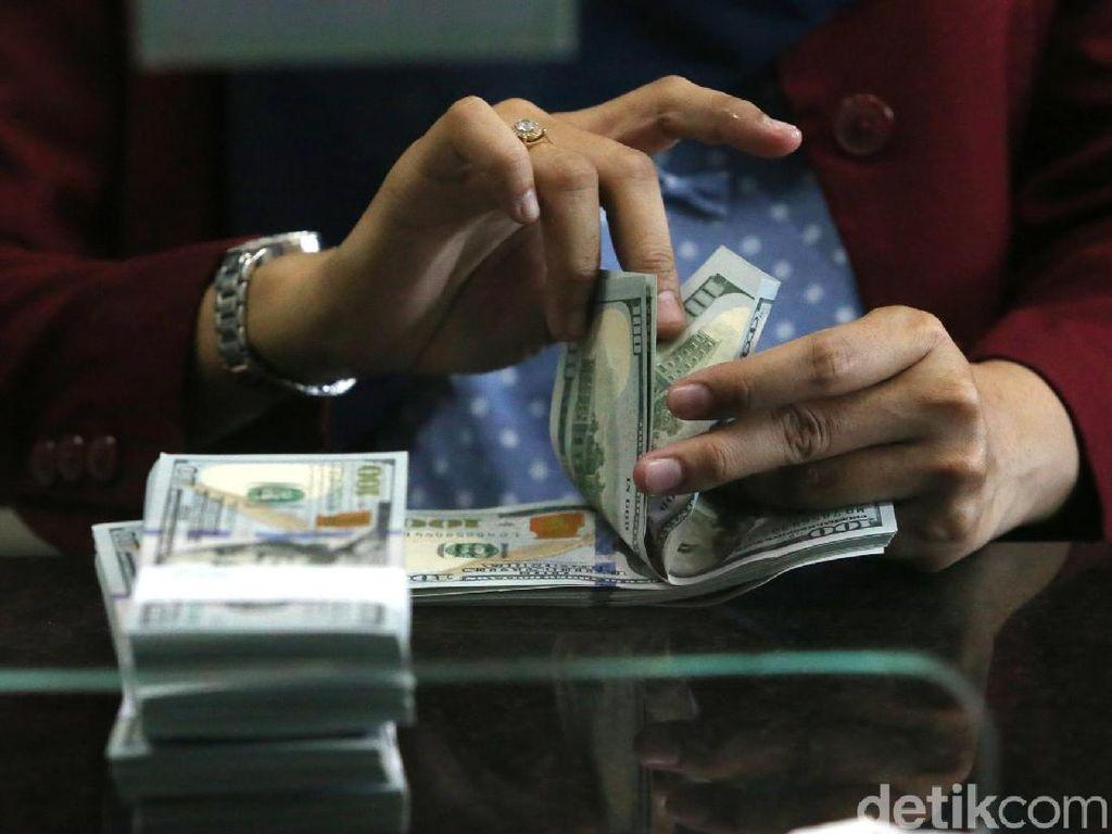 Jelang Rilis Bunga Acuan BI, Dolar AS Berotot ke Rp 14.100