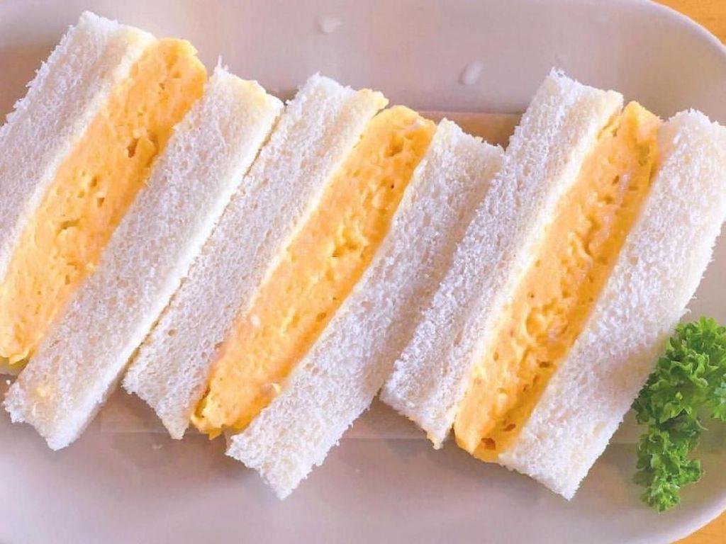 Punya Roti dan Telor? Ini 10 Ide Bikin Sandwich Telor Buat Sarapan
