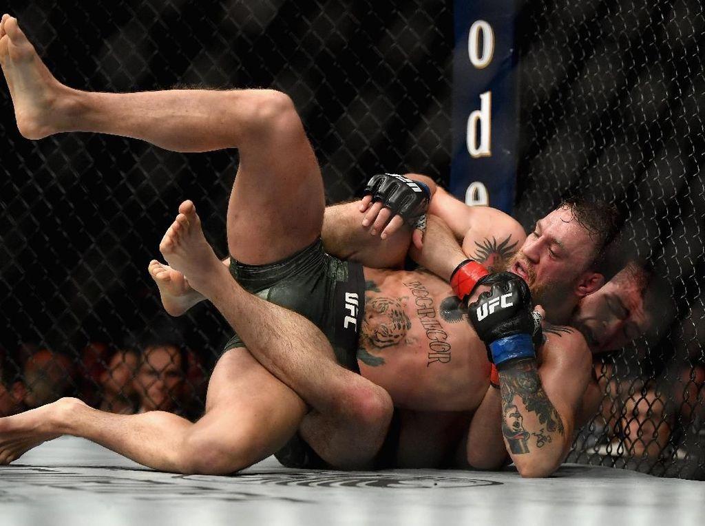 Khabib Itu Pegulat, McGregor Sulit Menang Jika Rematch Sekalipun