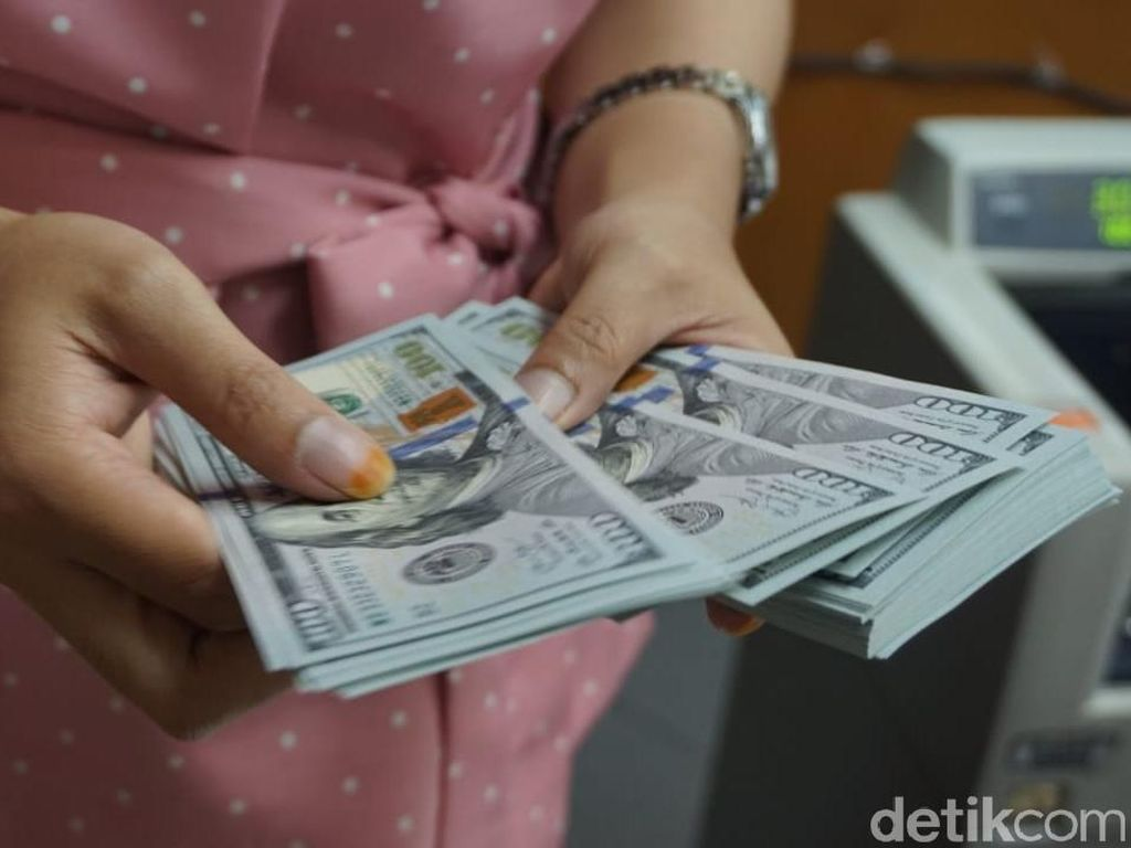 Makin Perkasa, Dolar AS Balik Lagi ke Level Rp 14.500-an