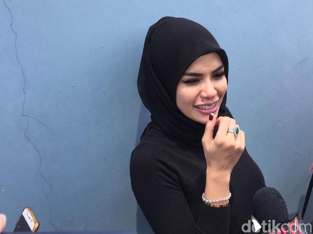 Posting Foto Tanpa Hijab, Ini Kata Nikita Mirzani