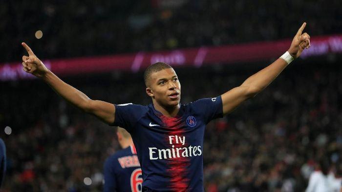 Kylian Mbappe sedang bagus-bagusnya bersama Paris St. Germain, akan menjadi ancaman Napoli. (Foto: Gonzalo Fuentes/Reuters)