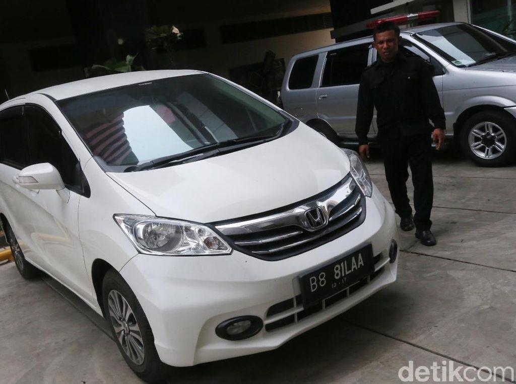 Mobil Ahmad Fathonah Bakal Dilelang