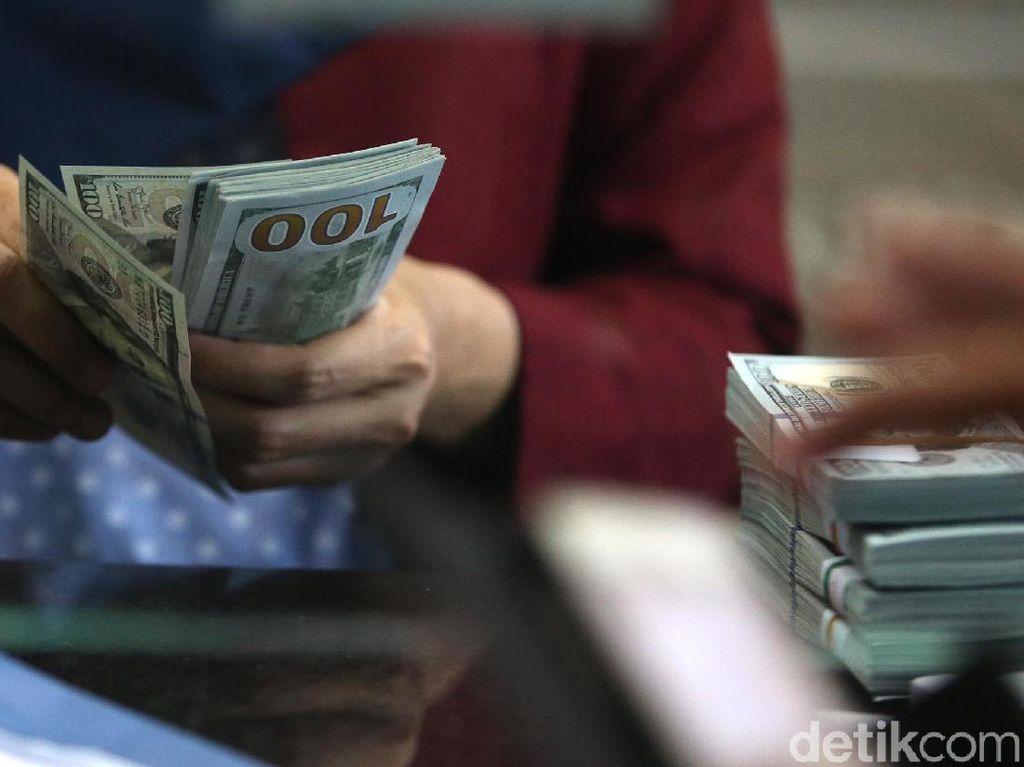Dolar AS Menguat Menuju Rp 14.100