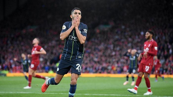 Riyad Mahrez gagal mencetak penalti yang bisa menjadi penentu kemenangan Mancheter City atas Liverpool (Laurence Griffiths/Getty Images)