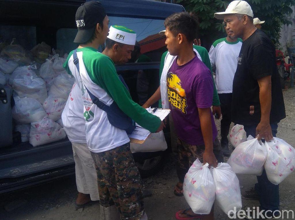 FPI Salurkan 10 Truk Bantuan untuk Korban Gempa-Tsunami Sulteng
