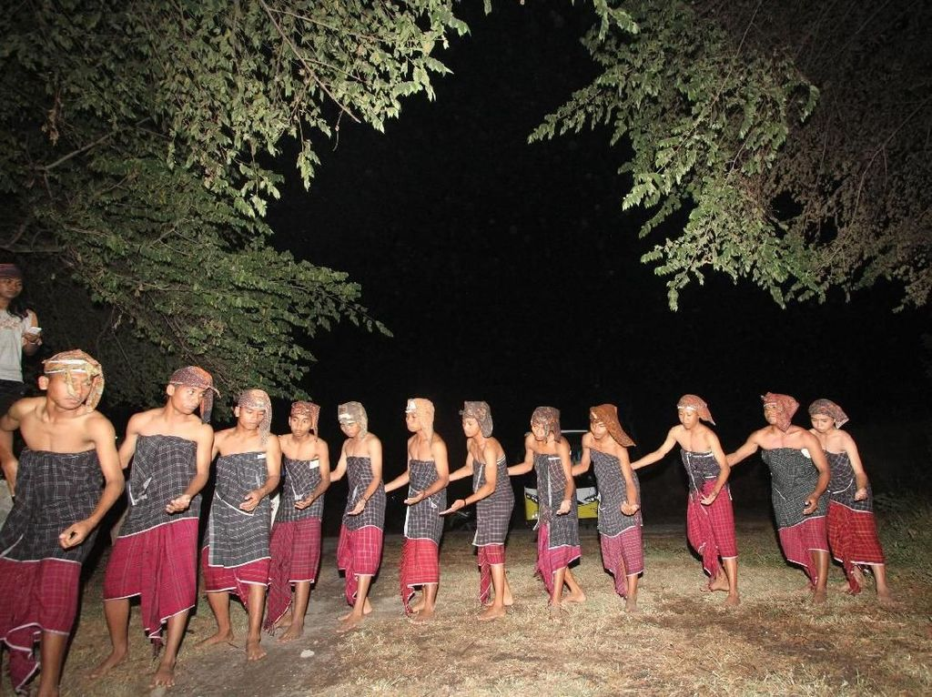 Mengenal Wisata Adat Bayan yang Tertua di Lombok Utara