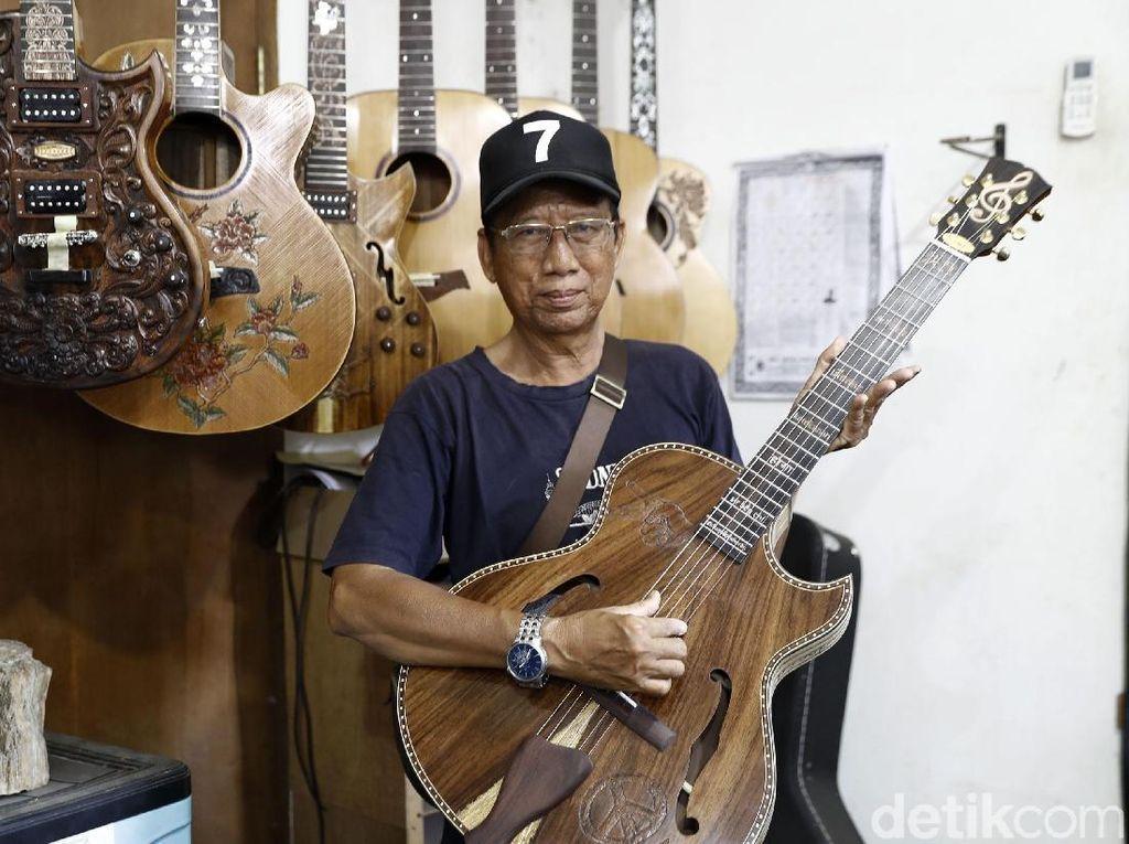 Proses Pembuatan Gitar Ukir Bali yang Mendunia