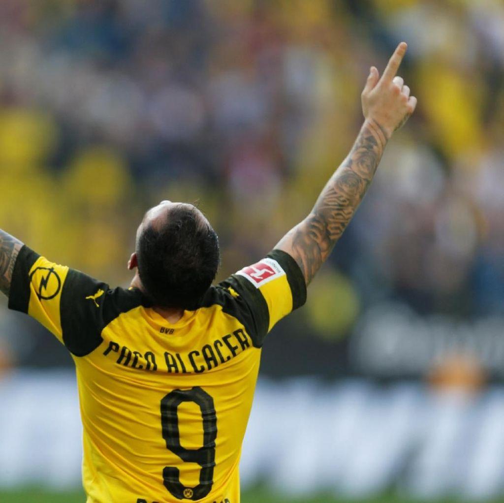 Paco Alcacer Hidup Lagi di Dortmund