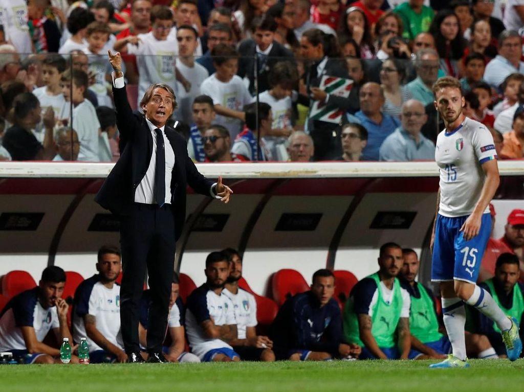 Mancini Terus Bongkar-Pasang Lini Depan Azzurri
