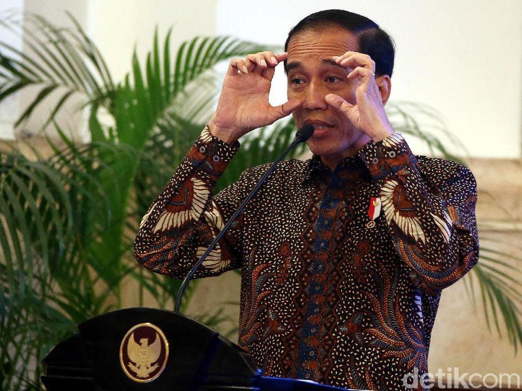 Jokowi Terima Rektor PTN dan Pejabat Kemenristekdikti di Istana
