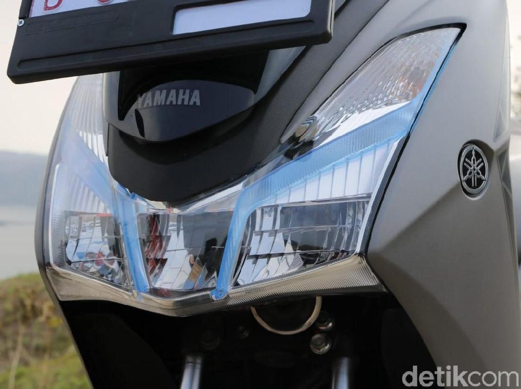 Menyalakan Lampu Motor Siang Hari Juga Wajib di Negara Lain