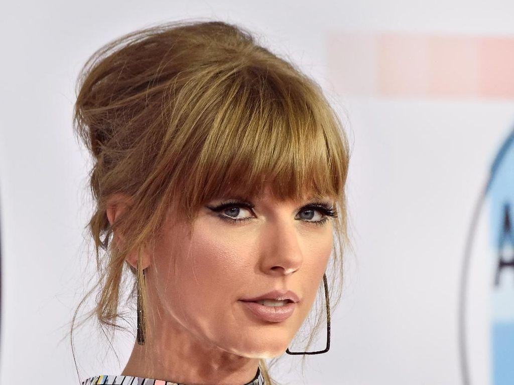 Taylor Swift Borong 4 Piala, Ini Daftar Pemenang AMA 2018