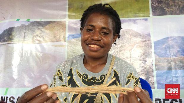 Noken dari Pegunungan Arfak Papua Barat