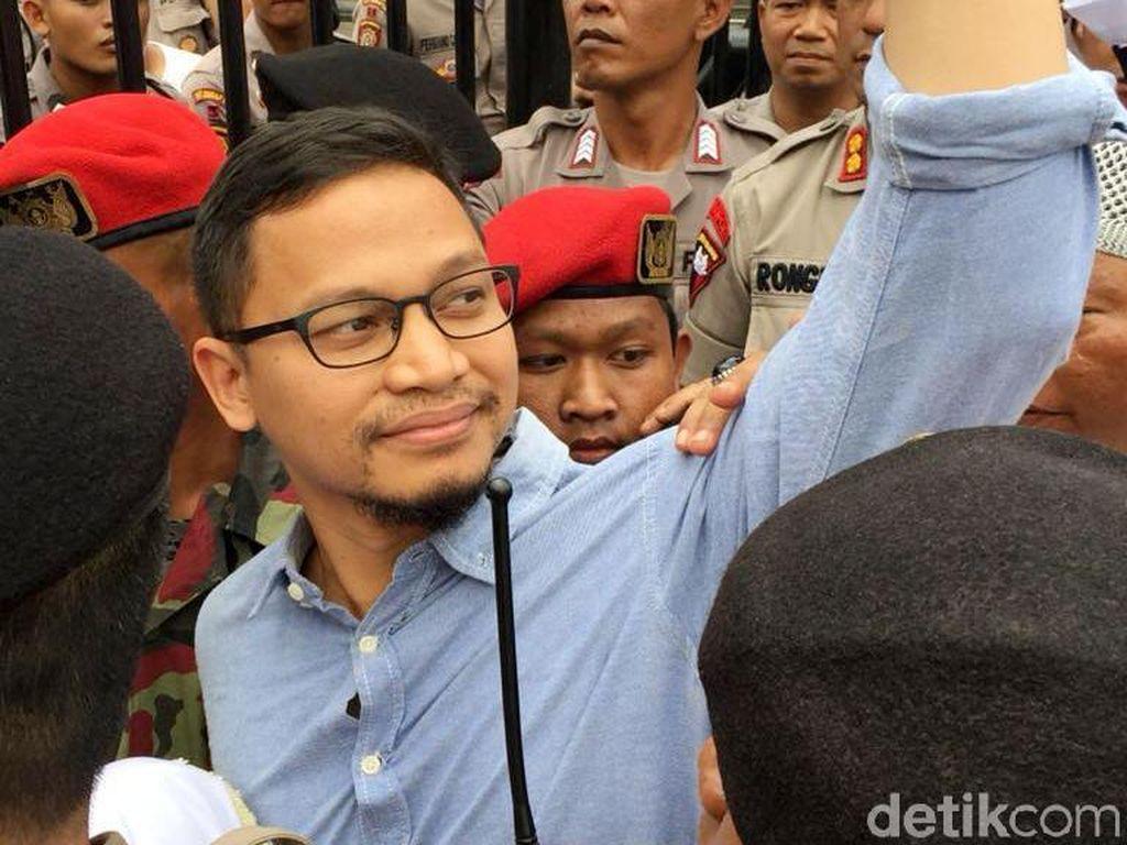 Hanafi Rais Menang Gemilang di Kandang Banteng Kulon Progo
