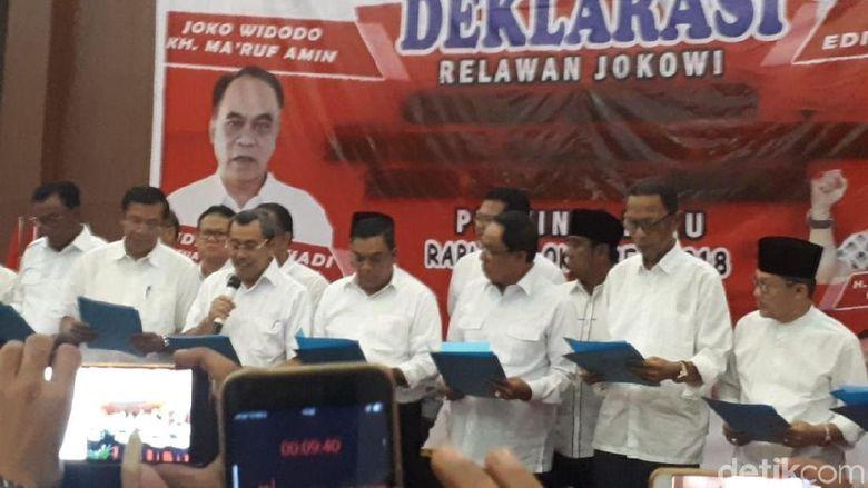 Bupati di Riau dari Gerindra dan PAN Ini Deklarasi Dukung Jokowi