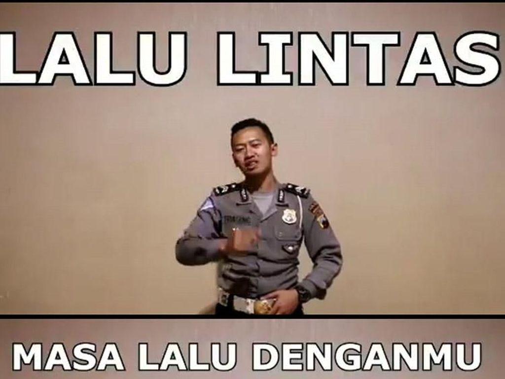 Viral Kamus Cinta Ala Polisi yang Kocak Banget tapi Bikin Baper