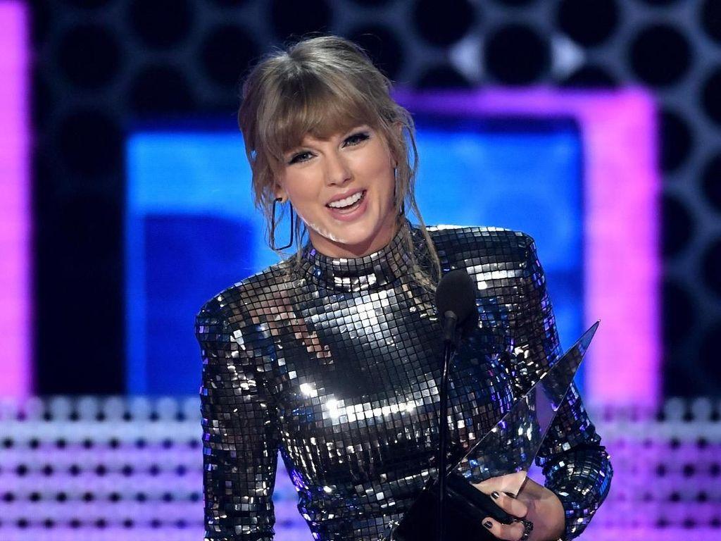 Kolaborasi Mengejutkan Taylor Swift dan Brendon Urie Lewat Me!