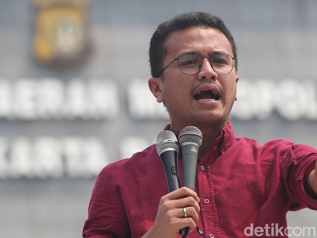 Bela Amien Rais Soal Aksi di KPU, PAN: TKN Jokowi Jangan Serang Pribadi!
