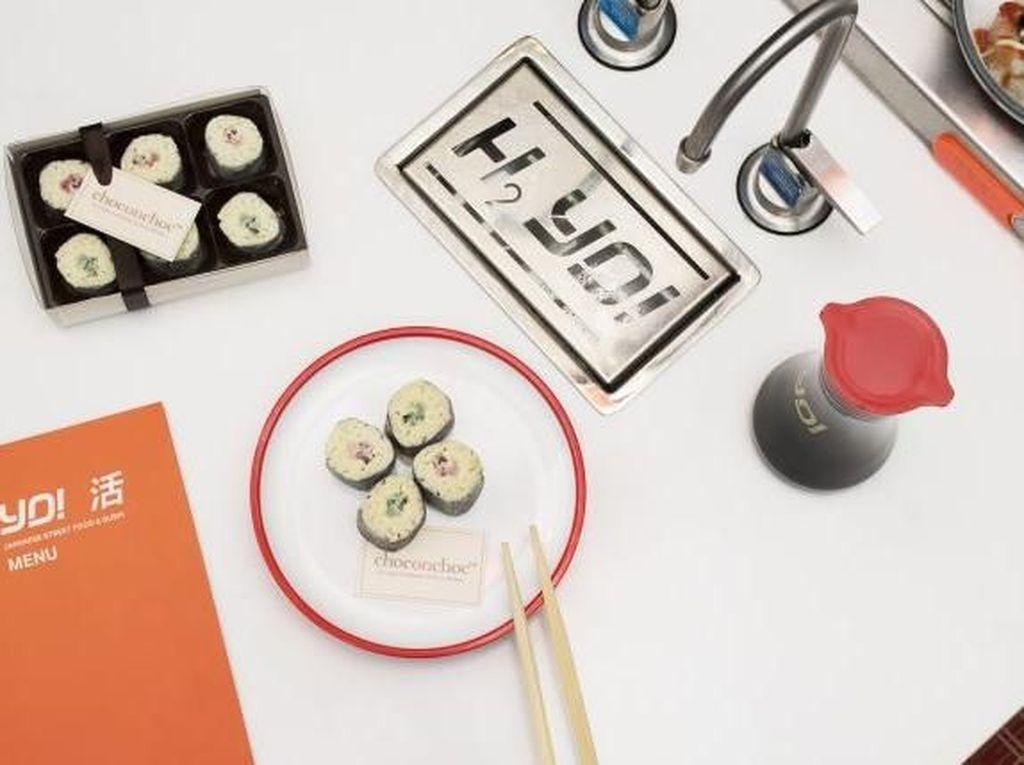 Nyam! Sushi Rolls Ini dibuat Seluruhnya dari Cokelat