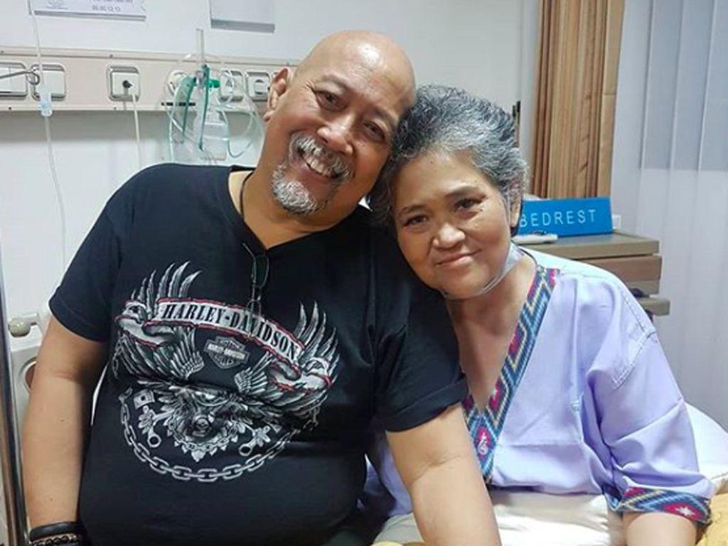 Waspadai Gejala Kanker Paru Seperti Diidap Istri Indro Warkop