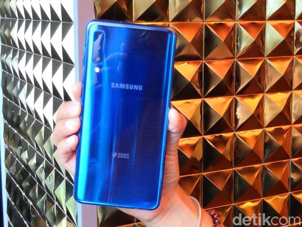 Ponsel Misterius Samsung Pakai Jeroan Mumpuni