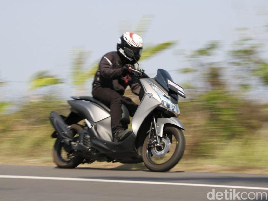 Agar Nggak Jinjit Lagi Saat Bawa Yamaha Lexi