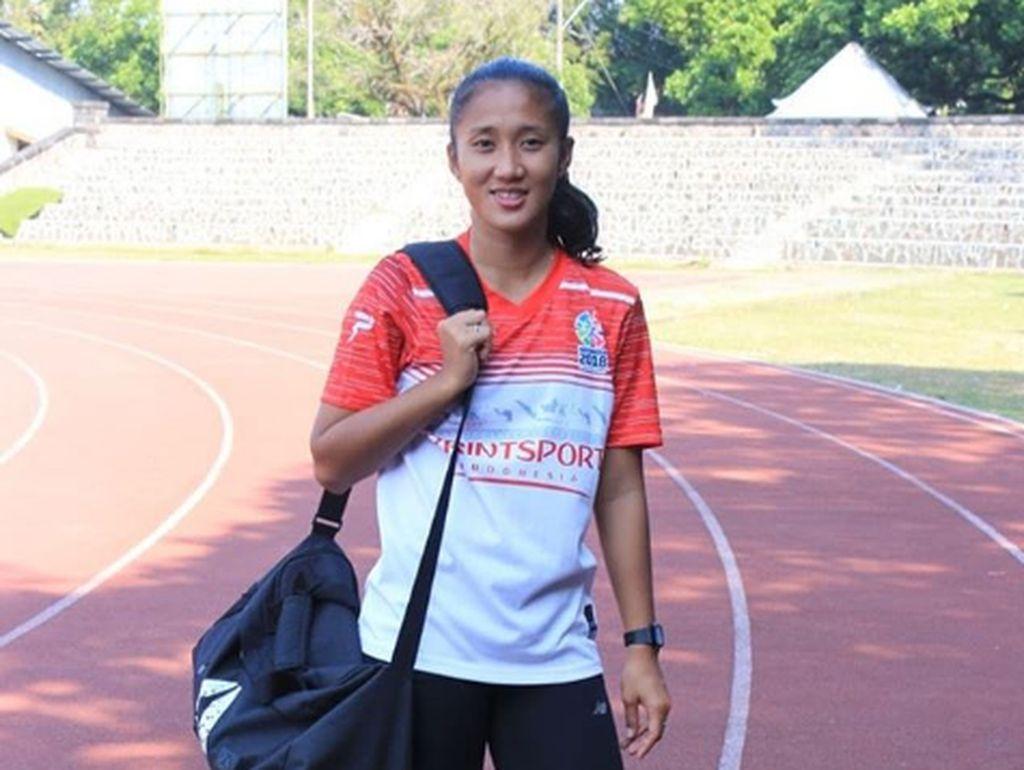 Medali Emas Atlet Lari Putri Aulia Jadi Kado Ultah untuk Ayah