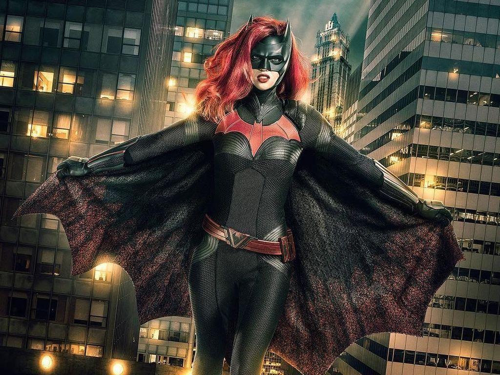 Terungkap! Pemeran Batwoman Mundur karena Alasan Ini