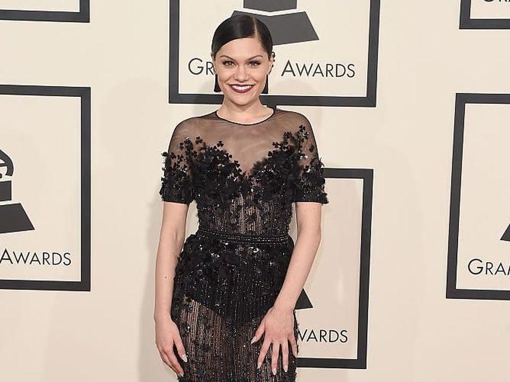 Jessie J Akhirnya Ungkap Alasan Dirinya Kini Sulit Bernyanyi