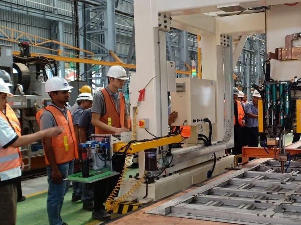 INKA akan Ekspor Produk Kereta ke Filipina Tahun Depan