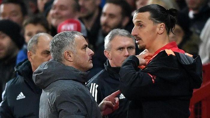 Jose Mourinho mendapat dukungan dari mantan anak buahnya, Zlatan Ibrahimovic. (Foto: Gareth Copley/Getty Images)