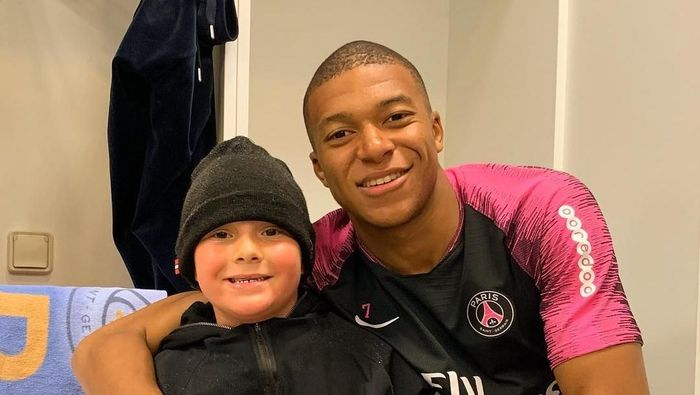 Anak Neymar, Davi Lucca da Silva Santos, ternyata mengidolai Kylian Mbappe. (Foto: Instagram @neymarjr)