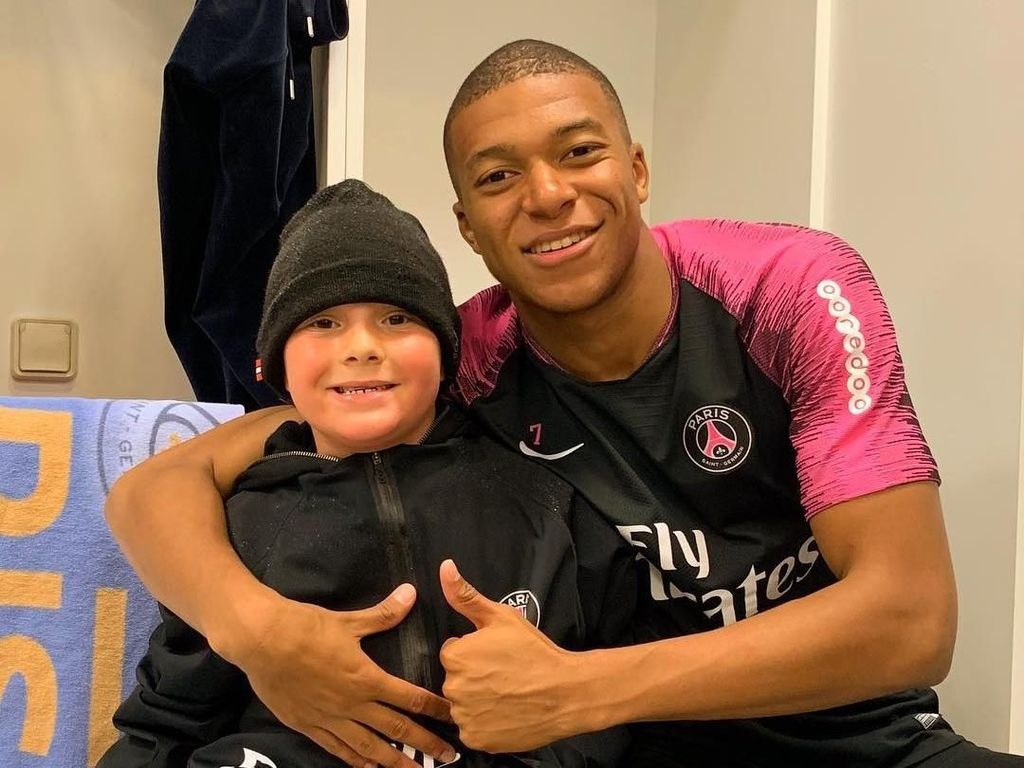 Neymar Jago Gocek, tapi Anaknya Lebih Suka Mbappe