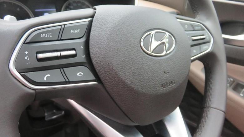 Promo Mobil Hyundai Santa FE