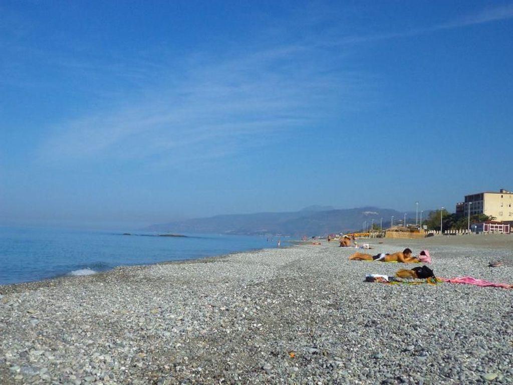 Destinasi Wisata Pantai Anti Mainstream di Italia