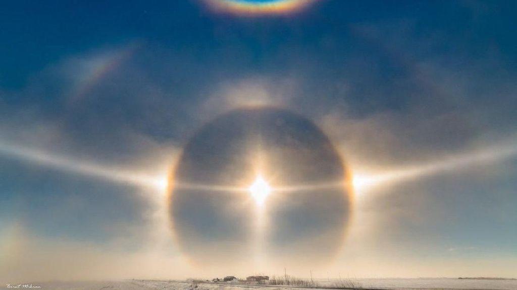 Kumpulan Potret Sun Dog, Saat Matahari Terlihat Lebih dari Satu