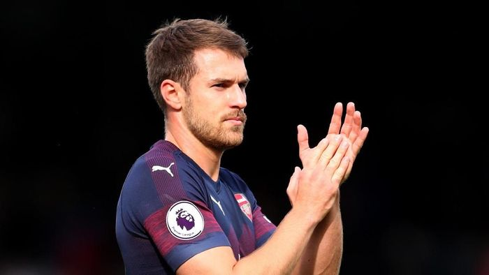 Aaron Ramsey didukung pindah ke Manchester United. (Foto: Catherine Ivill/Getty Images)