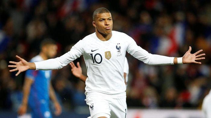 Kylian Mabppe punya kriteria sendiri soal pesepakbola yang sempurna (Stephane Mahe/Reuters)