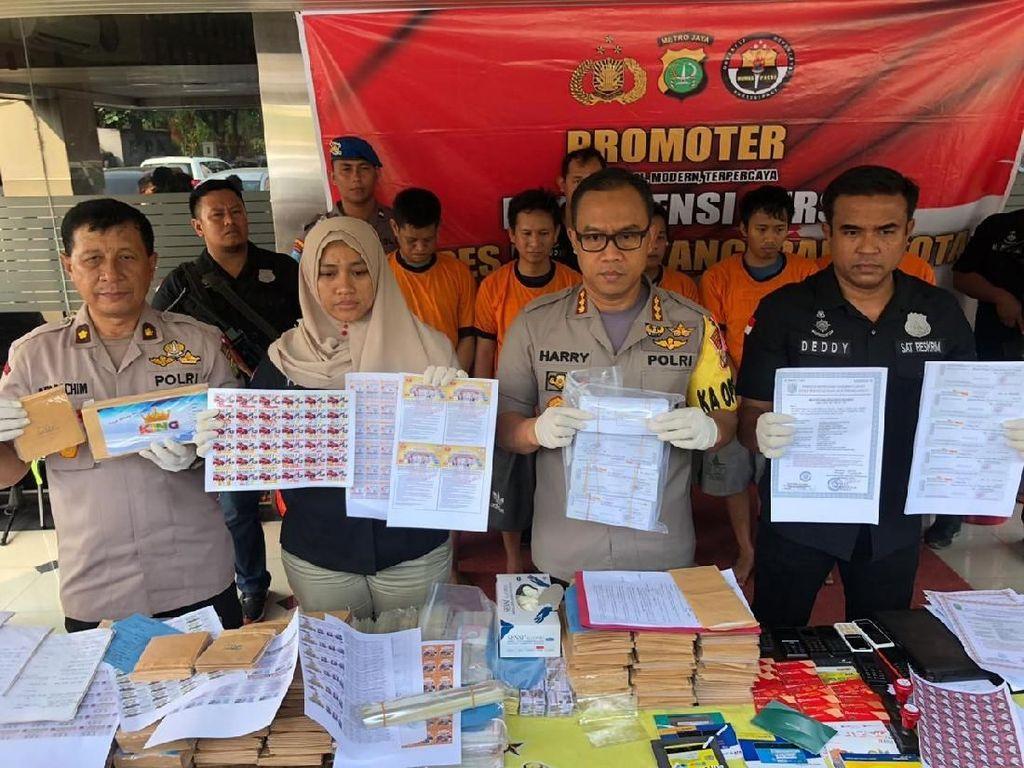 5 Pelaku Sindikat Penipu Modus Cek Palsu di Tangerang Ditangkap