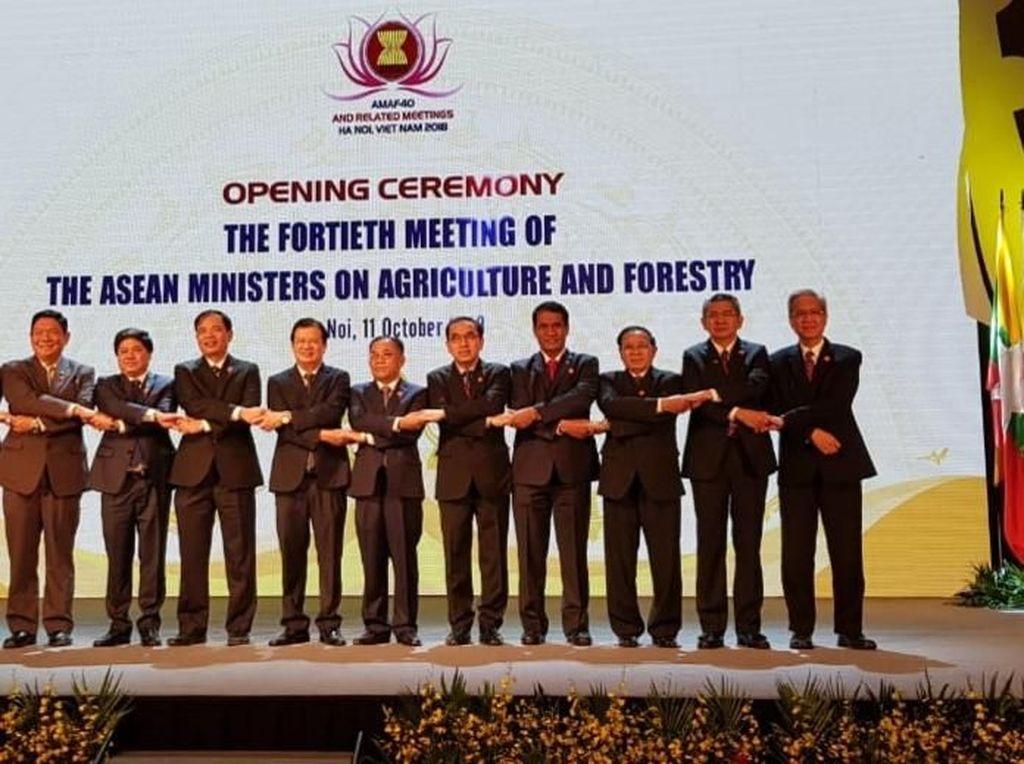 Mentan: Menteri Pertanian se-ASEAN Sampaikan Duka Cita untuk Palu