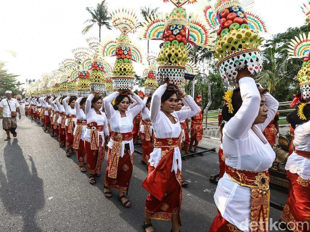 Pakaian Adat Bali, Ini Nama dan Keunikannya untuk Pria dan Wanita