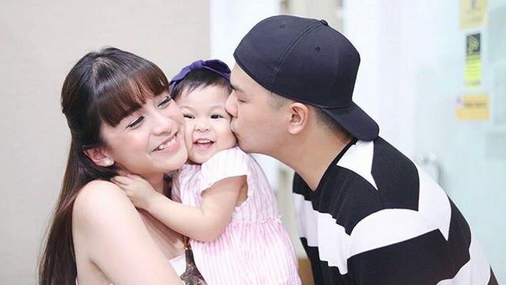 7 Quality Time Glenn Alinskie dan Chelsea Olivia Bareng Anak