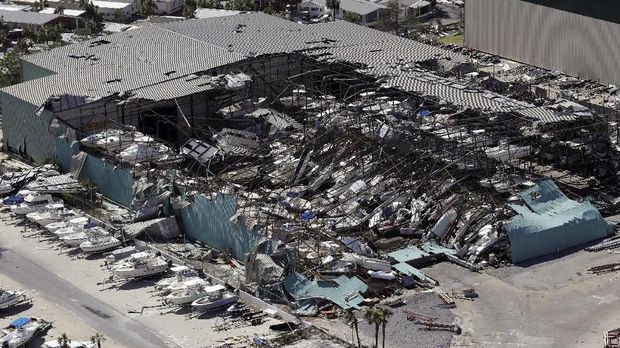 Ribuan Orang Hilang dan 27 Orang Tewas Akibat Badai Michael