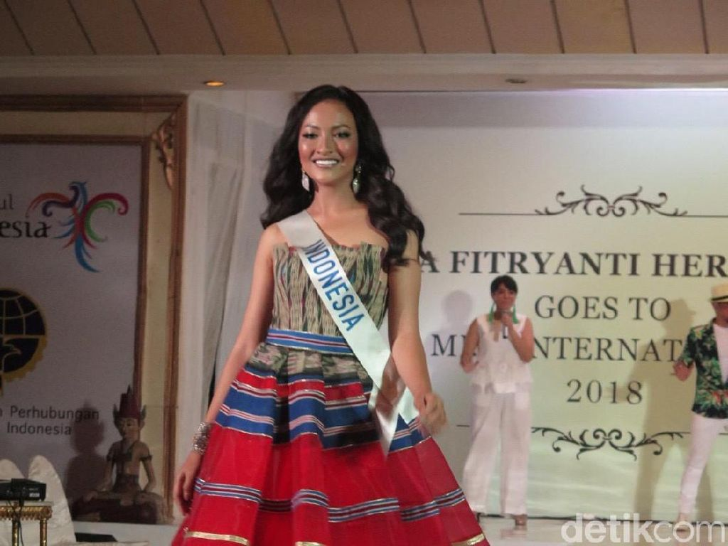 Cantiknya Vania Fitryanti, Wakil Indonesia di Miss International 2018