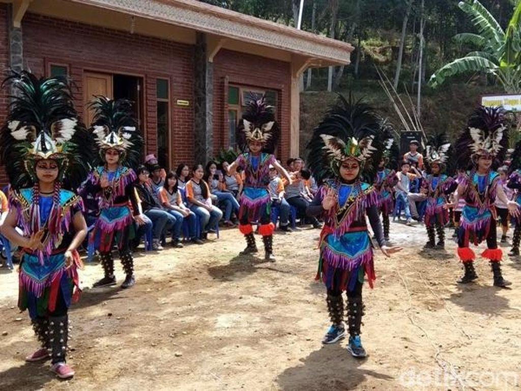 Foto: Uniknya Desa Menari di Semarang