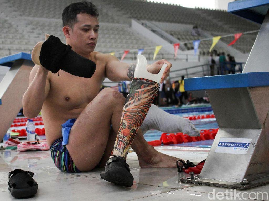 Mengintip Ruang Ganti Perenang Top Asian Para Games 2018